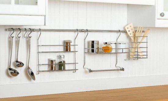 Рейлинги для кухонных мелочей