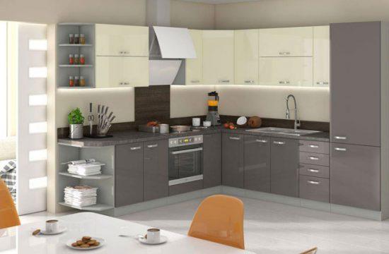 Угловая кухня-столовая
