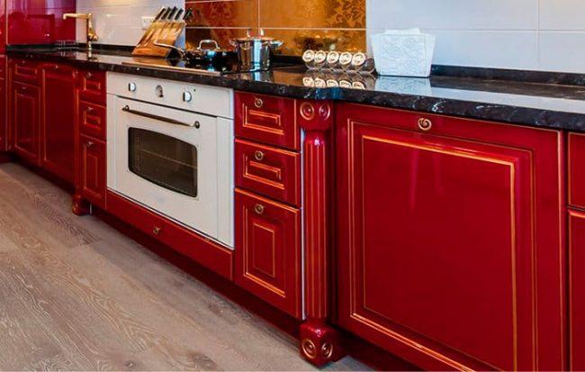 Встраиваемый газовый духовой шкаф можно подобрать под любую мебель