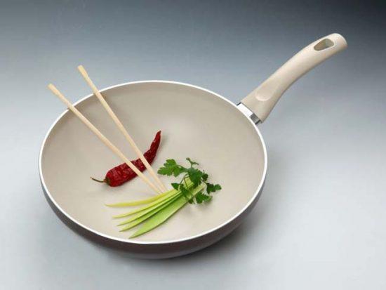 Объем сковороды выбирайте в зависимости от количества членов семьи