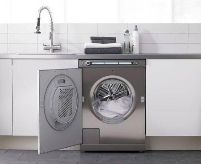 Шнур питания от стиральной машинки должен быть в легко доступном месте
