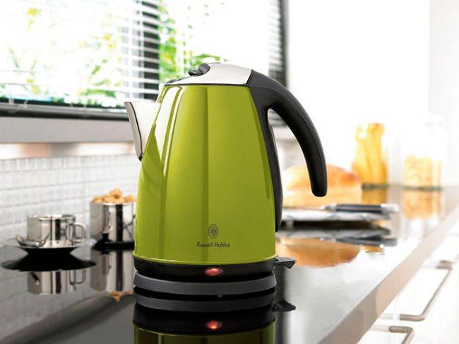 Чем больше мощность чайника, тем больше электроэнергии он будет потреблять