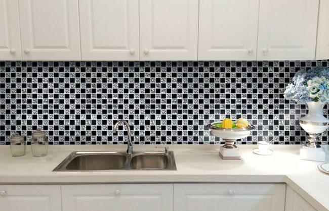 Фартуки из мозаики для кухни