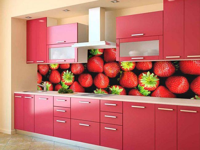 Для кухонного фартука необходим специальный термоустойчивый фартук