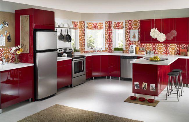 Кухни в стиле хай-тек