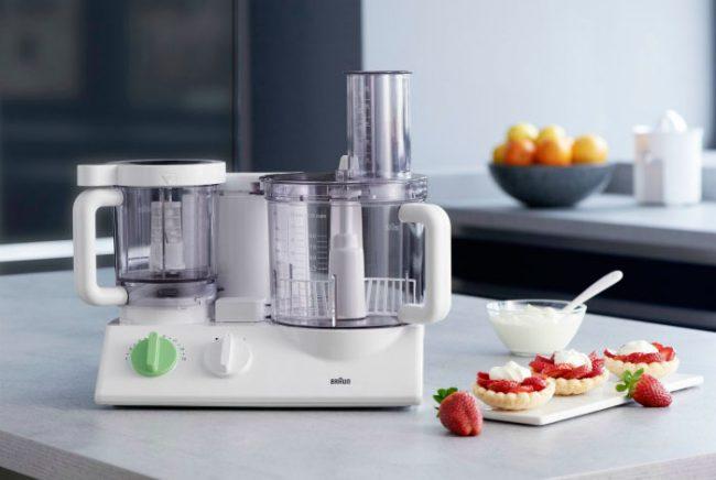 Выбирая кухонный комбайн, в первую очередь необходимо определиться, какие функции вам необходимы