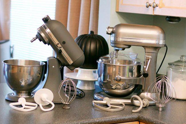 Выбирать кухонный комбайн необходимо с учетом свободного места на кухне