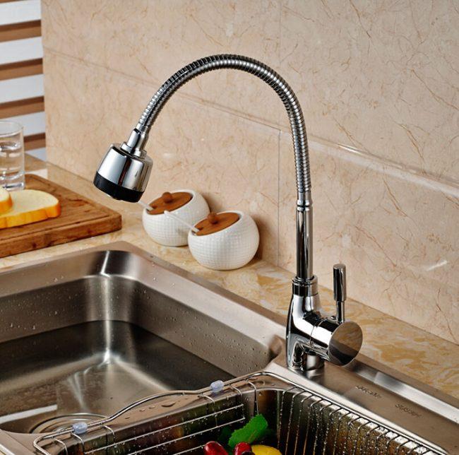 Однорычажные смесители более экономны в плане расхода воды