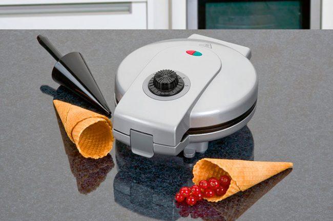 Для тонких вафель необходимо выбирать вафельницы с антипригарным покрытием