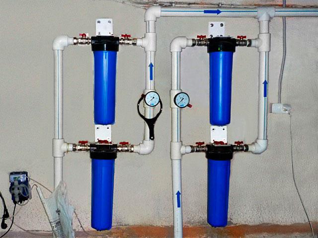 В магистральном фильтре вода проходит несколько степеней очистки