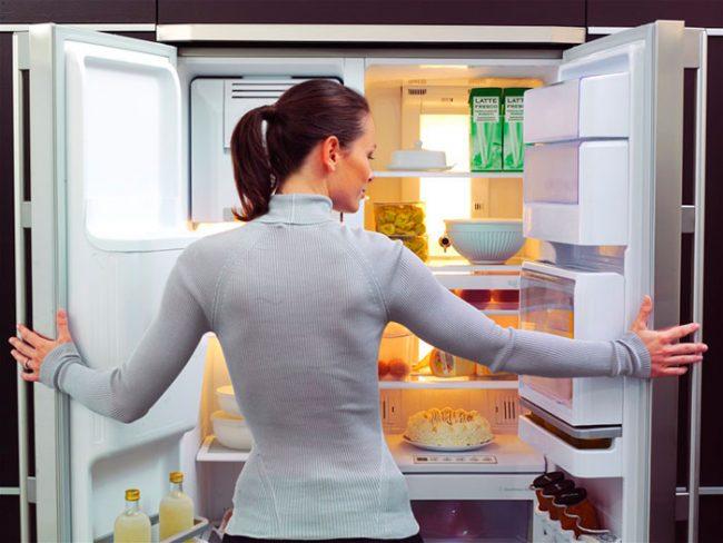 Полезная функция No Frost позволяет не размораживать постоянно холодильник